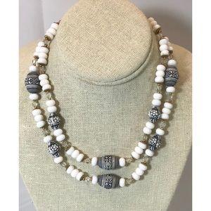 VTG White, Carved & Crystal Bead Necklace